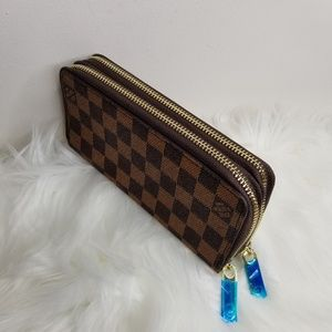 Zippy wallet 7.5 * 4 * 1.5""
